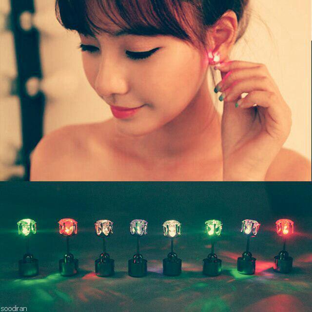 گوشواره شب نما با رنگ های ثابت و رقص نور-p1