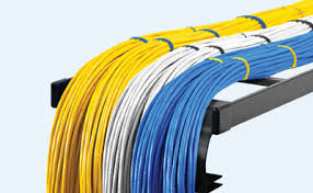 انواع سیم کشی، مزایای شبکه با کابل خودنگه دار